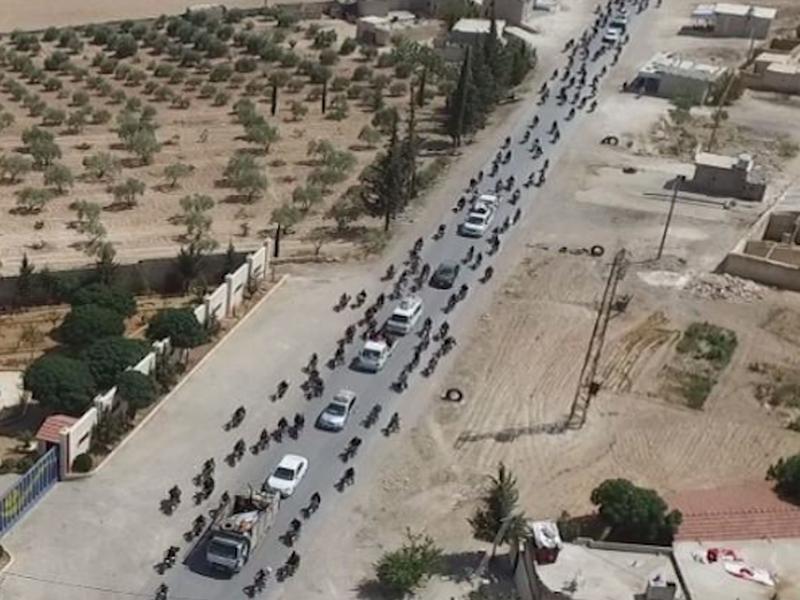 IS thất thế, bỏ lại nhiều vũ khí trên đường tháo chạy - ảnh 14