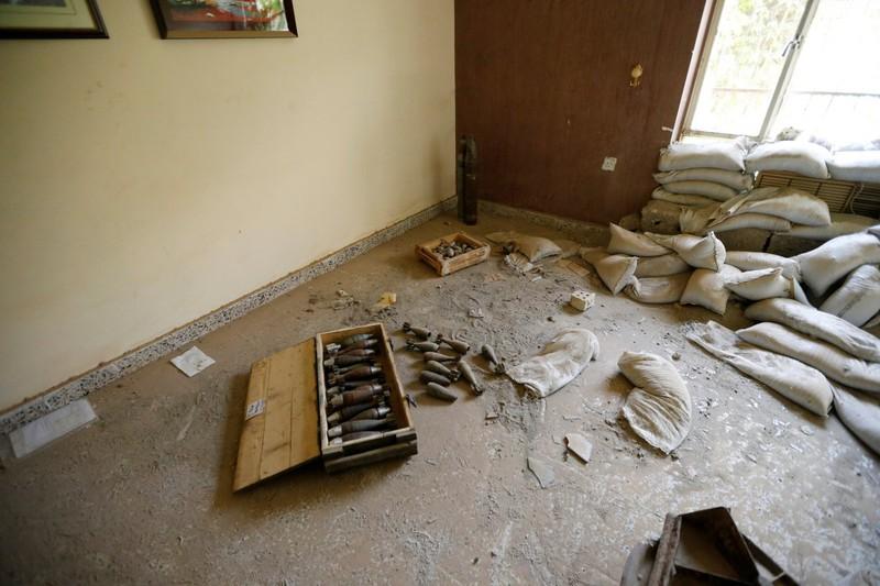 IS thất thế, bỏ lại nhiều vũ khí trên đường tháo chạy - ảnh 7