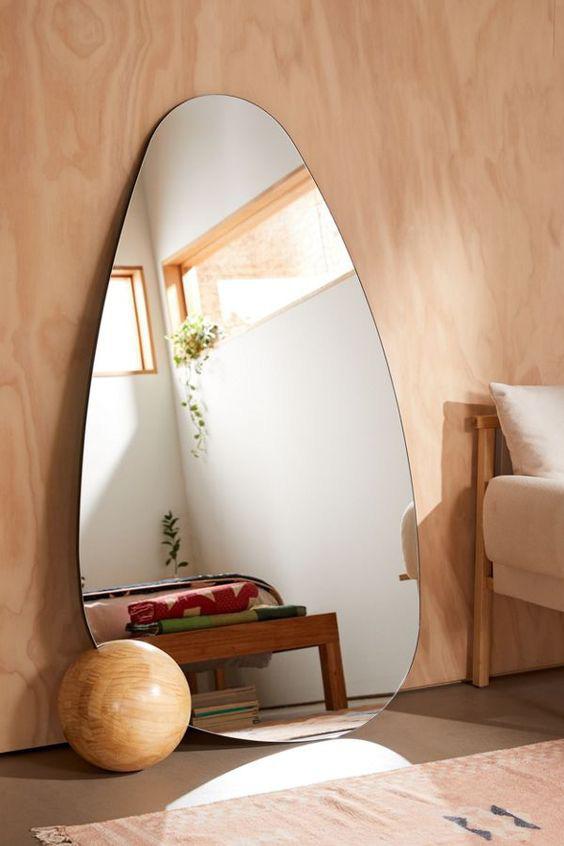 5 quy tắc chọn đồ nội thất giúp nhà có nhỏ cỡ nào cũng sẽ ngăn nắp gọn gàng và trông rộng hơn - Ảnh 2.