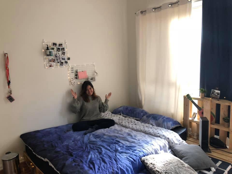 Thuê phải căn phòng nhìn chán òm, cô gái xắn tay áo dùng 2,5 triệu decor xinh còn hơn cả studio - Ảnh 4.