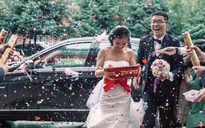 Hạnh phúc lạ lùng của mối hôn sự hai bên cùng cưới - trào lưu kết hôn mà chẳng khác gì ly hôn của giới trẻ Trung Quốc - Ảnh 4.