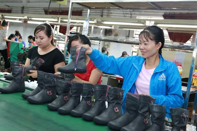 TP. Hồ Chí Minh: Thưởng Tết cao nhất hơn 1 tỉ đồng - Ảnh 1.