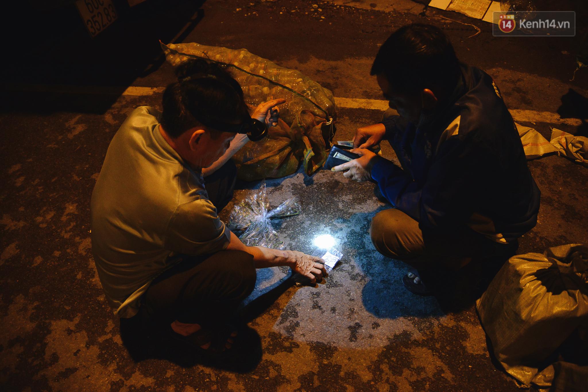 Cận cảnh chợ côn trùng độc nhất Sài Gòn, mỗi ngày chỉ họp đúng 2 tiếng lúc nửa đêm - Ảnh 12.