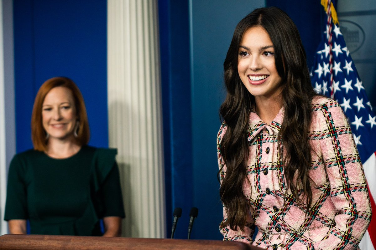 Olivia Rodrigo phát biểu trên bục Tổng thống tại Nhà Trắng nhưng náo loạn MXH vì... xinh quá - Ảnh 4.