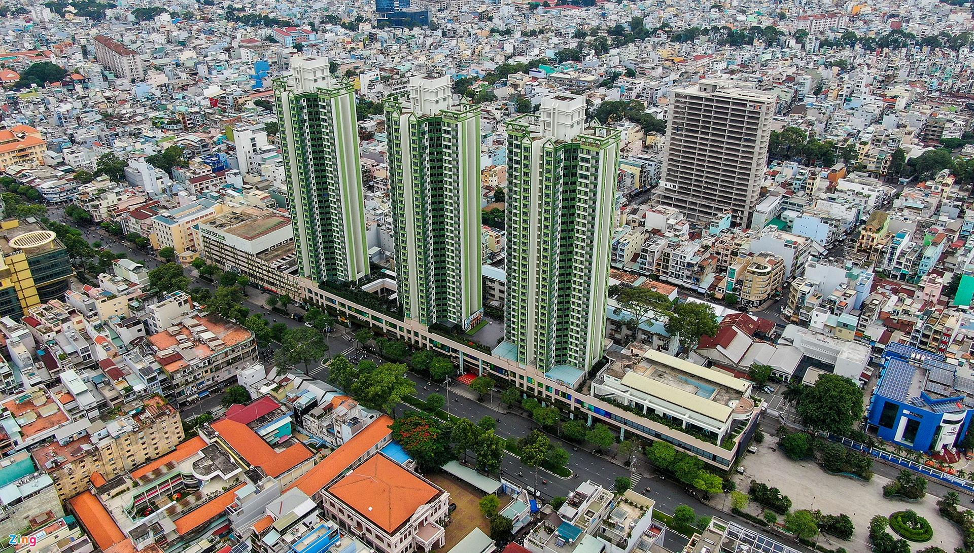 Thuận Kiều Plaza hay còn gọi là cao ốc 3 cây nhang là địa danh thế nào mà người Sài Gòn ai cũng đang nhắc? - Ảnh 1.