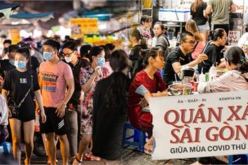 """Quán xá Sài Gòn vẫn đông """"ngộp thở"""", dù có đeo khẩu trang nhưng vẫn cực kỳ nguy hiểm"""