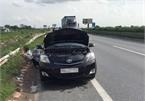 Hà Nội vào mùa nắng nóng, xử lý như nào khi xe ôtô báo quá nhiệt