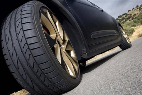 5 phụ kiện ô tô không nên lãng phí tiền để lắp đặt