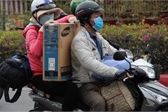 Dịch Covid-19 diễn biến phức tạp, có nên đi xe máy về quê ăn Tết
