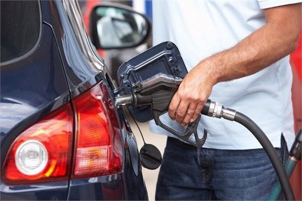 Dấu hiệu giúp nhận biết xe ôtô sử dụng xăng kém chất lượng