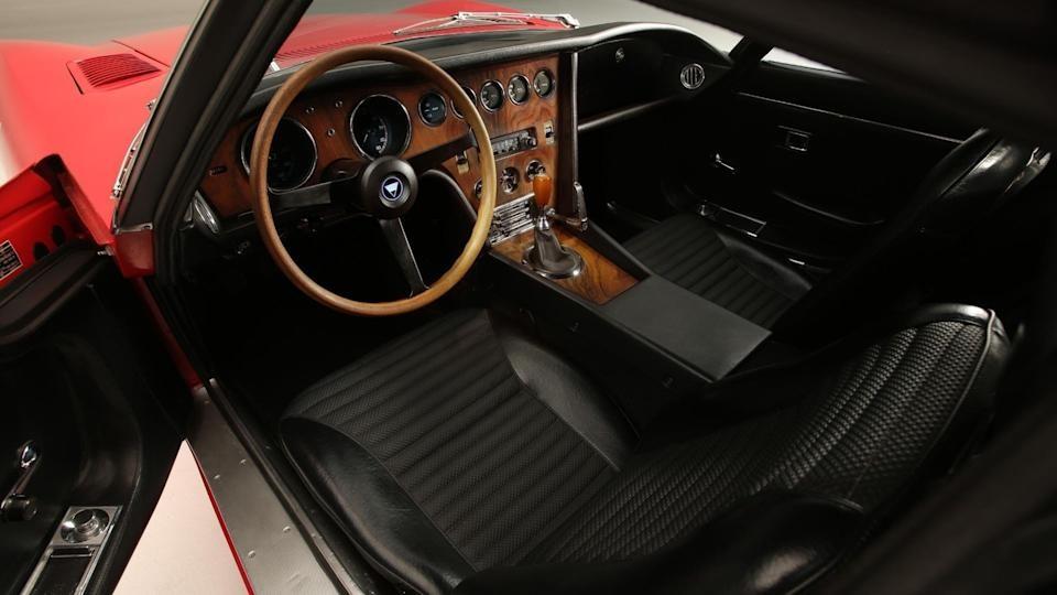 Toyota 2000GT là một trong những chiếc xe đẹp nhất thế giới từ trước đến nay và chỉ sản xuất có 351 chiếc. Ảnh: Toyota.