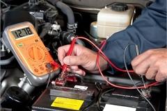 Ắc quy khô và ắc quy ướt, chủ xe ôtô nên dùng loại nào?
