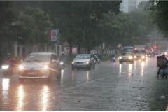 Những bộ phận xe ôtô cần kiểm tra trước khi di chuyển dưới mưa