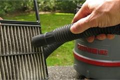 Hướng dẫn vệ sinh lọc gió động cơ ô tô tại nhà