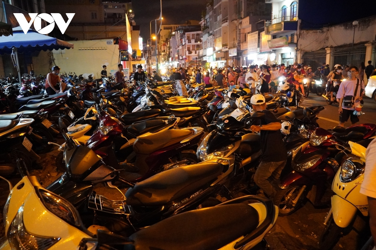 Parking areas around Luong Nhu Hoc street are left packed.