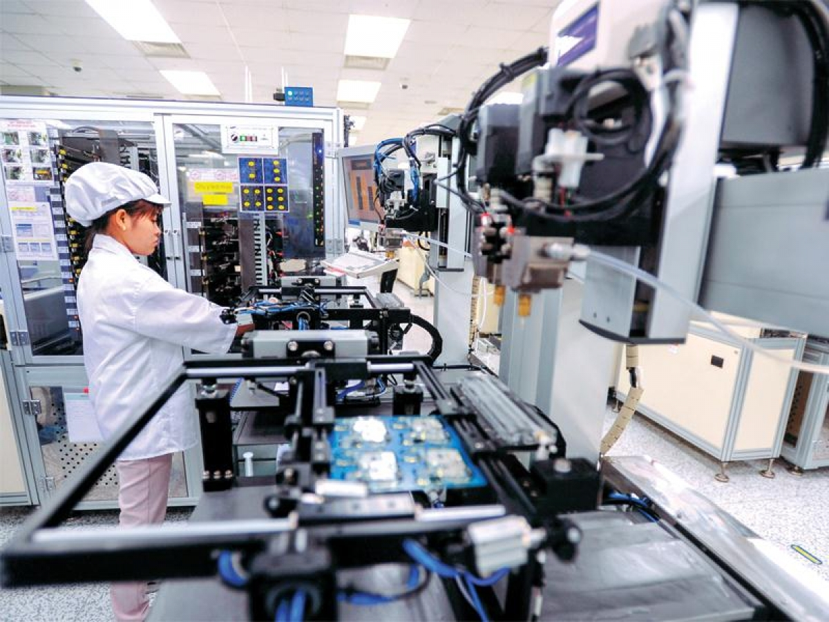 The majority of FDI projects by overseas Vietnamese focus on the processing and manufacturing industry