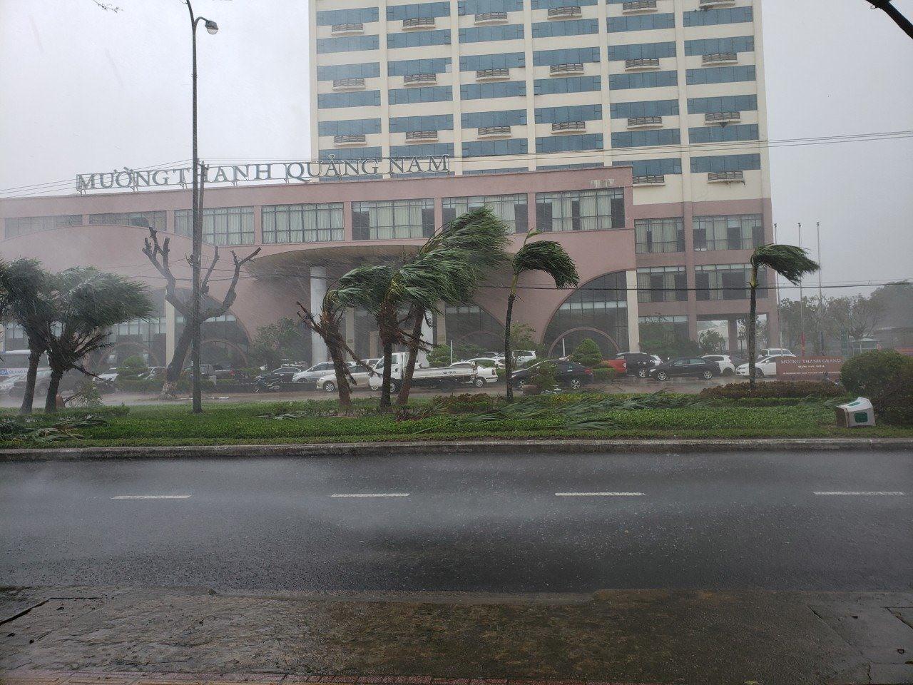 Quang cảnh gióc lốc tại Khách sạn Mường Thanh. Ảnh: HOÀI AN