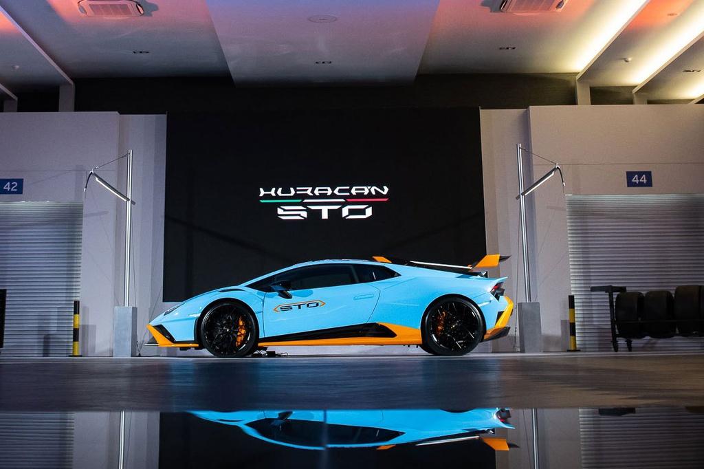 Lamborghini Huracan STO được ra mắt tại Thái Lan, giá gần 1 triệu USD 1