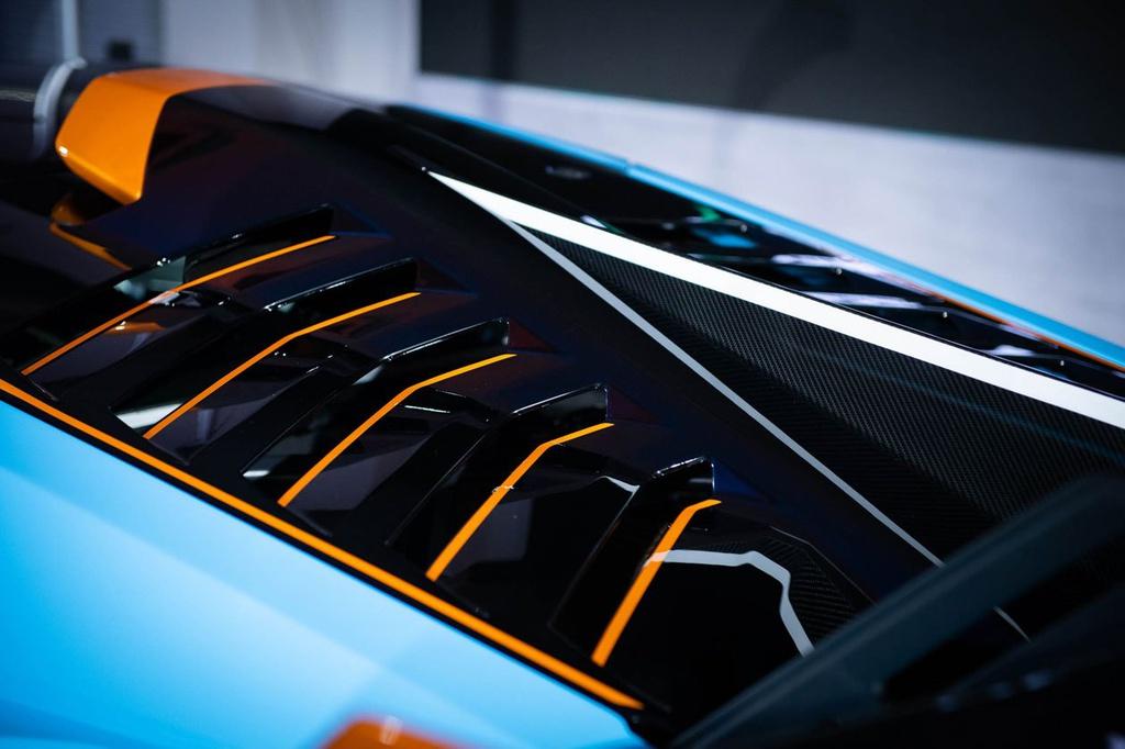Lamborghini Huracan STO được ra mắt tại Thái Lan, giá gần 1 triệu USD 7