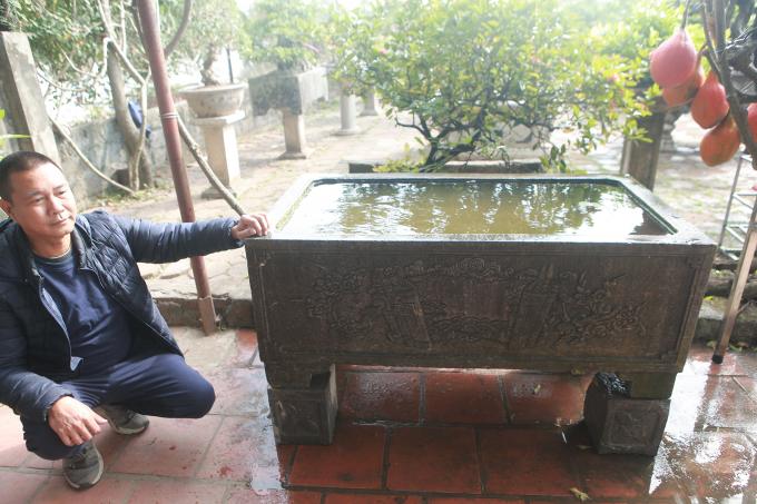 Anh Tuấn cho biết, bể đá có giá trị nhiều tỷ đồng