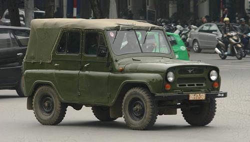 Xe địa hình UAZ-469 của Việt Nam. Ảnh: Otofun.