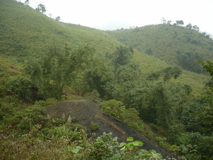 Vùng núi Mã Cú (Hóa Sơn) được cho là nơi cất kho vàng vua Hàm Nghi. Ảnh: T.P.