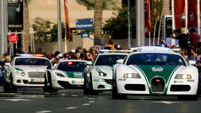 Kỉ lục Guinness công nhận Dubai có xe cảnh sát nha