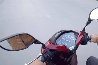5 lý do khiến bạn nên lắp gương chiếu hậu trên xe máy