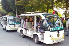 Hanoi to provide electric tourist car services at 8 locations