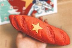 Hanoi baguette featuring Vietnamese national flag goes viral