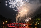 Hanoi displays high altitude fireworks in New Year's Eve 2021