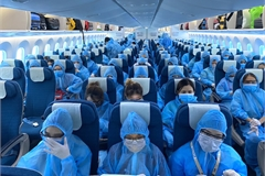 VN suspends inbound flights from UK and South Africa to prevent new coronavirus variant