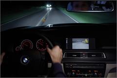 Những mẹo vặt chống buồn ngủ hiệu quả khi lái xe vào ban đêm