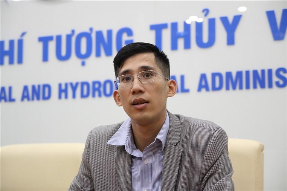 Ông Trần Quang Năng, Trưởng phòng Dự báo thời tiết (Trung tâm dự báo Khí tượng Thủy văn Quốc gia).