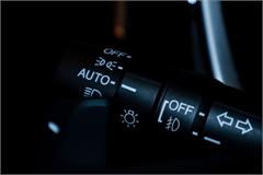 Sử dụng đèn pha tự động thế nào cho đúng cách?