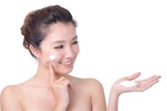 Thu hồi sản phẩm kem dưỡng trắng da chống nhăn do chứa chất cấm