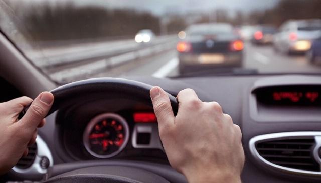 lái xe an toàn, tư thế lái xe tốt,