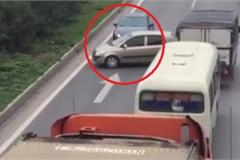 Nguyên tắc quay đầu xe ô tô qua đường hẹp cần nhớ để tránh tai nạn