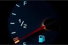 Các mẹo tiết kiệm tiền xăng xe hàng tháng