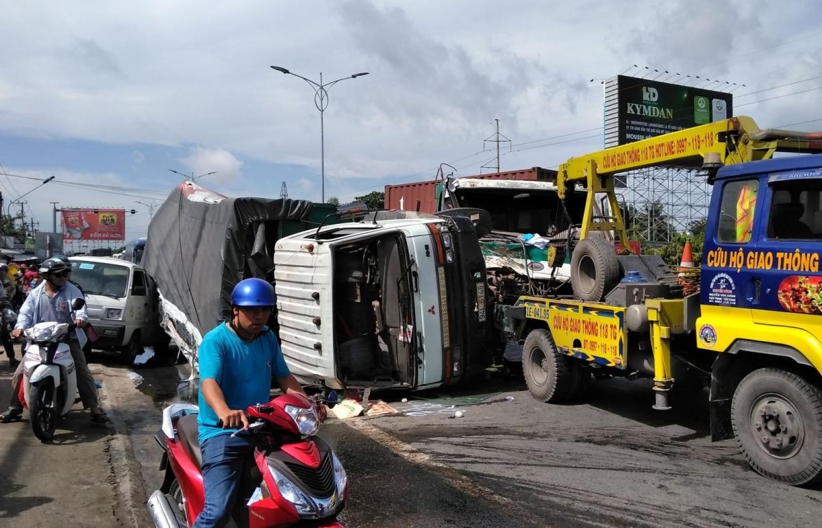 Trong 7 ngày nghỉ Tết Nguyên đán Tân Sửu 2021, cả nước có 109 người thiệt mạng, 123 người bị thương vì tai nạn giao thông. So với Tết 2020, số người chết do tai nạn giao thông đã giảm sâu.