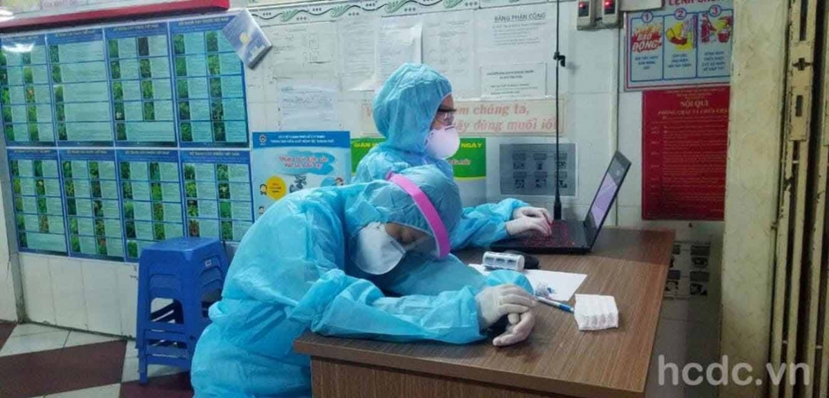 Healthcare workers taking turn to sleep while at work. (Photo: HCDC)