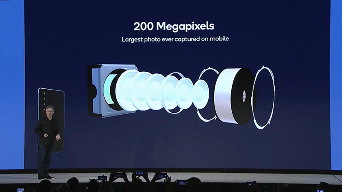 Tập trung chất lượng cảm biến là điều Samsung cần nghĩ đến để nâng cao cạnh tranh.