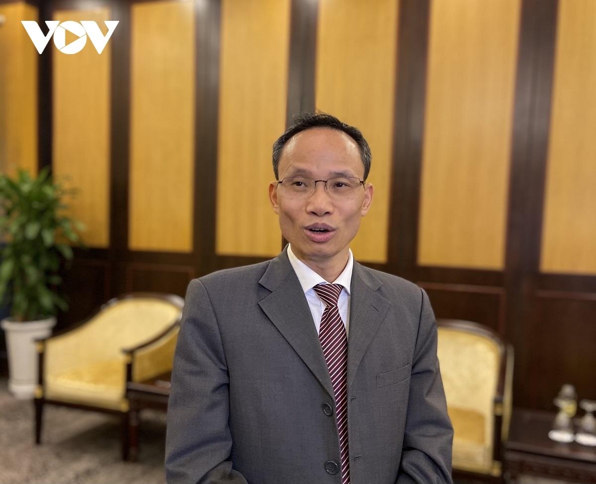 Economist Dr. Can Van Luc