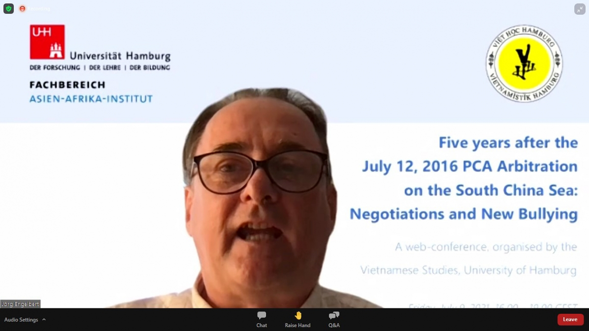Prof. Dr. Thomas Engelbert, from University of Hamburg, chairs the teleconference.