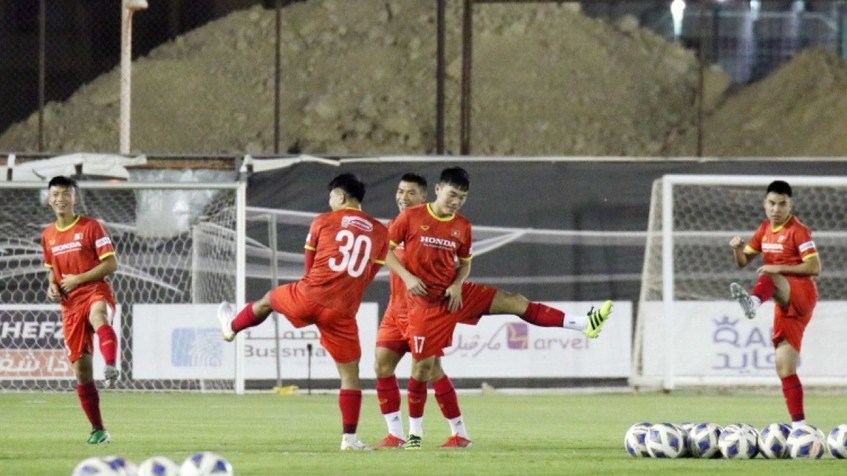 Vietnamese players have trained hard in Riyadh ahead of their clash against host Saudi Arabia.