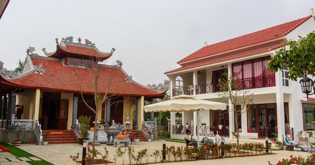 Bất động sản - Khám phá cơ ngơi rộng gần 2000m2 có điện thờ Mẫu của ca sĩ Việt Hoàn (Hình 3).