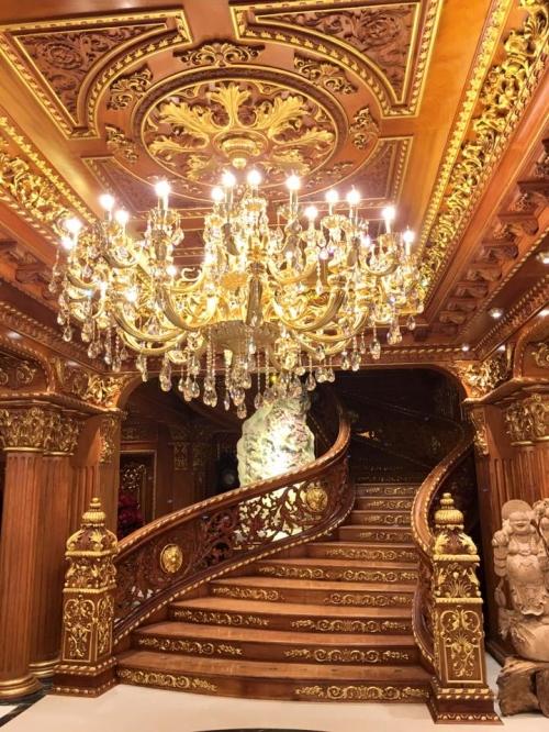 Bất động sản - Có gì bên trong lâu đài gà vàng nổi bật giữa Thủ đô của đại gia Thanh 'sắt'? (Hình 5).