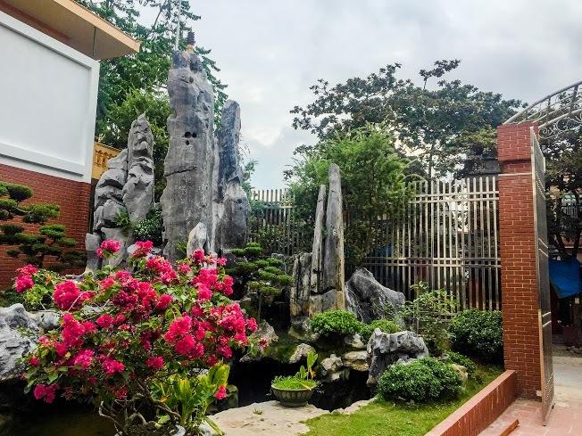 Bất động sản - Choáng ngợp trước toà bạch ốc của nữ đại gia Phú Thọ (Hình 2).