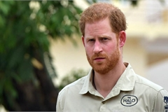 Prince Harry set to sue British tabloids over alleged hacking of voicemails
