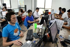 Vietnam parliament requests building law on expats